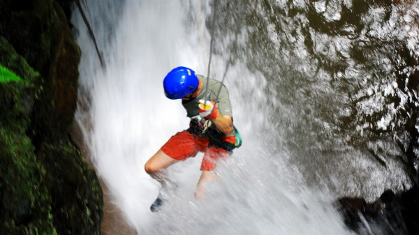Waterfall Rappelling Arenal